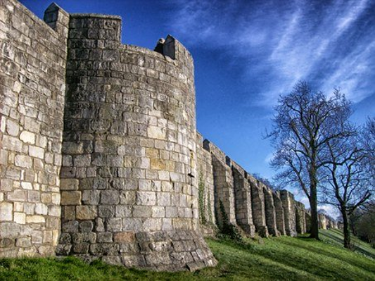 חומות העיר יורק
