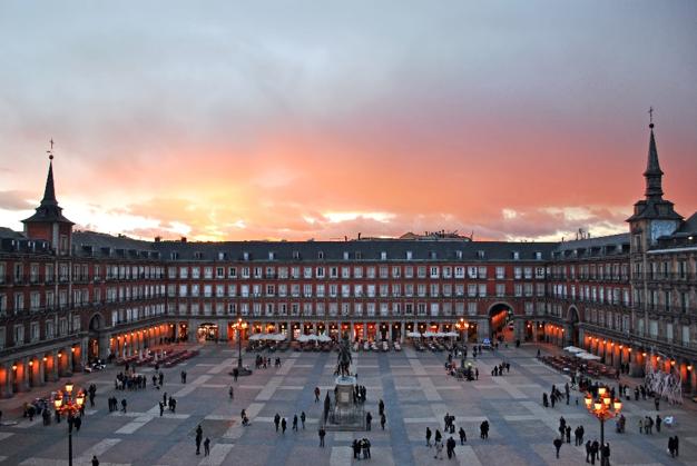 הסגרדה פמיליה – המבנה המרשים ביותר של גאודי פלאזה מאיור – כיכר המרכזית של מדריד